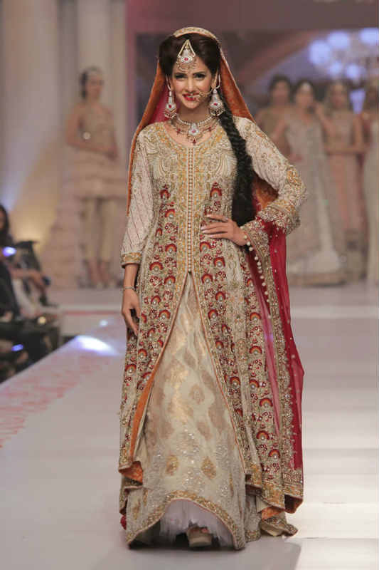 Pakistani wedding dresses trends in 2016 wedding pakistani for Dress for my brothers wedding