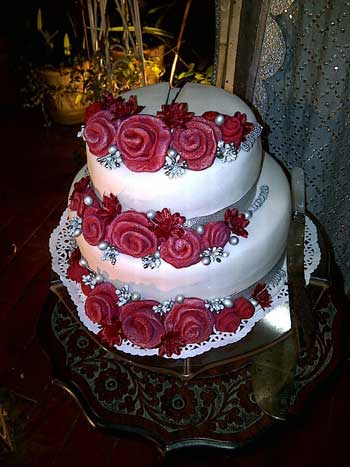 wedding cakes in karachi 10 top wedding cakes designers for wedding 24668