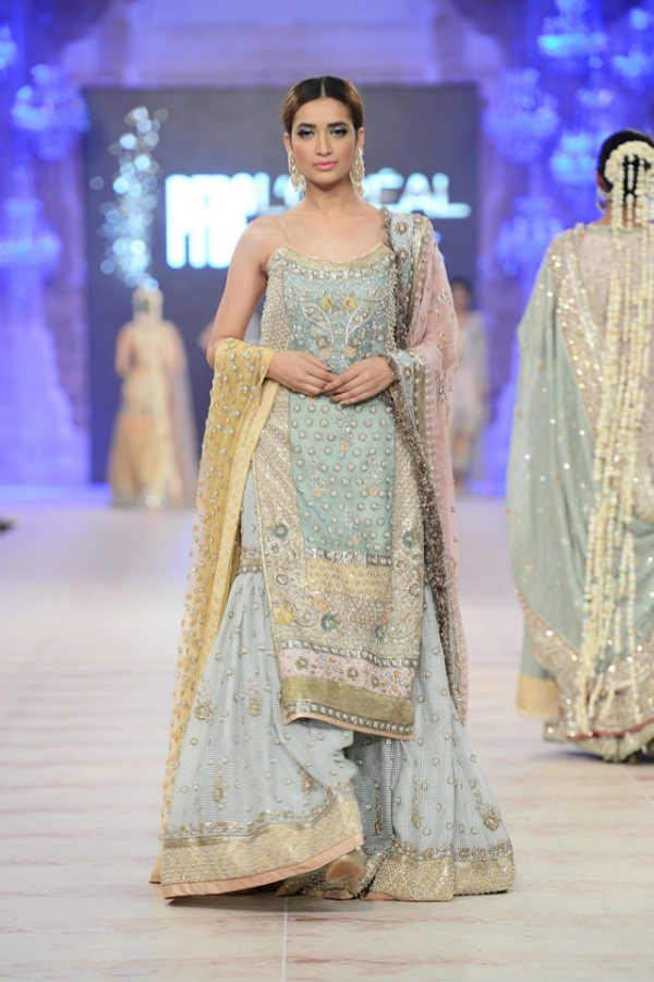 Top 10 designers for pakistani wedding dresses wedding for Online pakistani wedding dresses