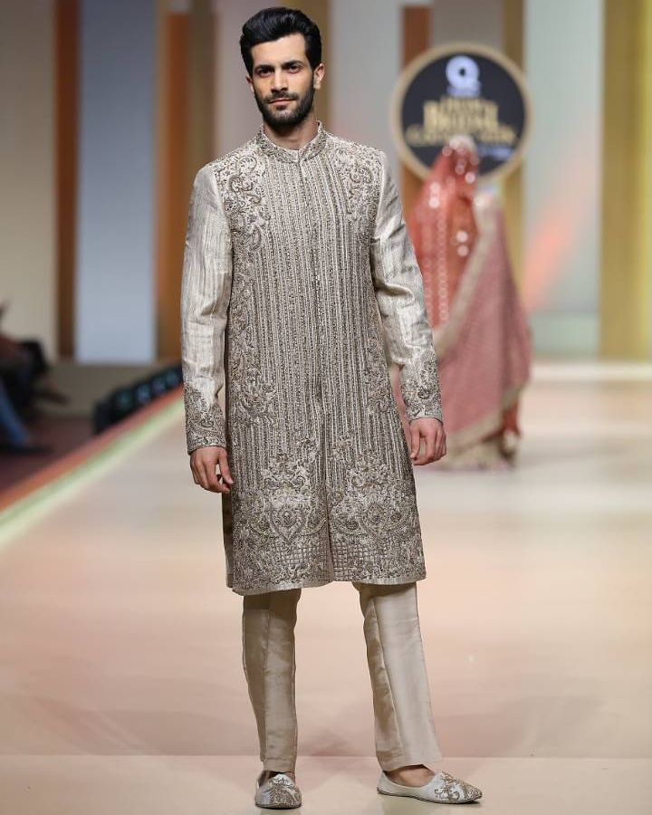 groom dress trends in pakistan